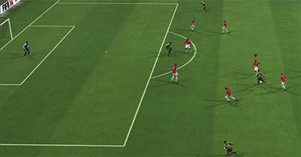 Как защищать собственную зону в FIFA 15 рисунок 3